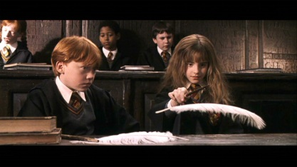 ron-hermione-screencaps-harry-potter-and-the-sorcerer-s-stone-romione-2633353-1024-576