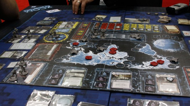 xcom-board-play
